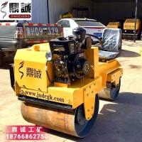 湖南怀化850座驾式双钢轮振动压路机 微型人行道振动碾压机