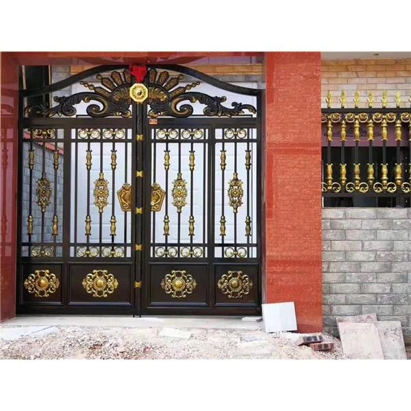 河南鐵藝欄桿廠家價格 鄭州交通鋅鋼護欄批發價格