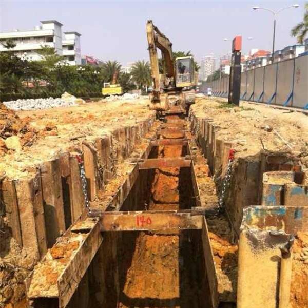 城市管道鋼板樁施工