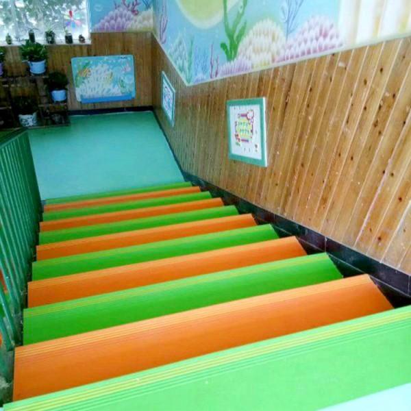 河北PVC塑膠耐磨樓梯踏步板防滑踏步地墊生產廠家