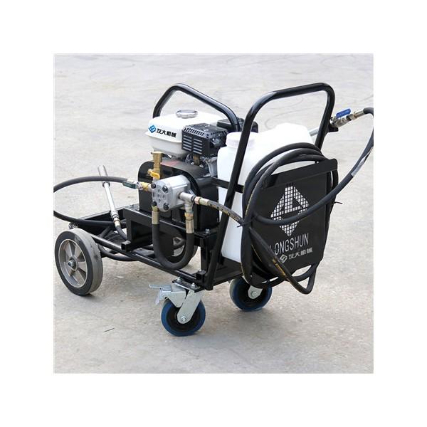 液态沥青喷洒机的价格 路面修补沥青铺洒机