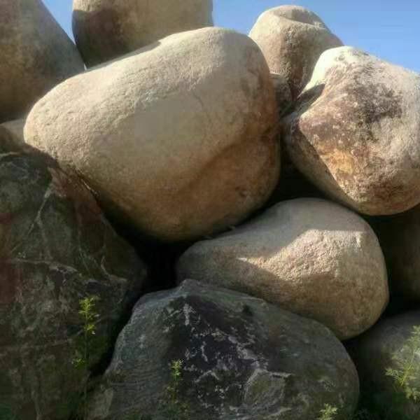 大型鵝卵石鎮宅石、草坪石
