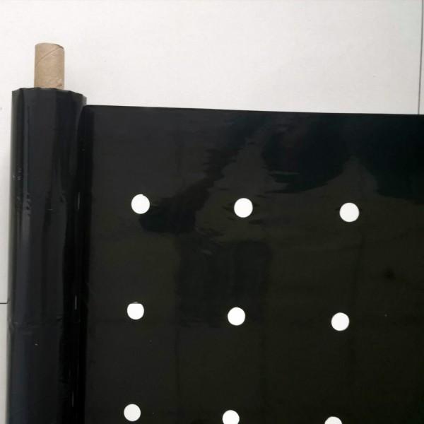 黑色打孔地膜-厂家直销-可定制打孔-山东徽隆