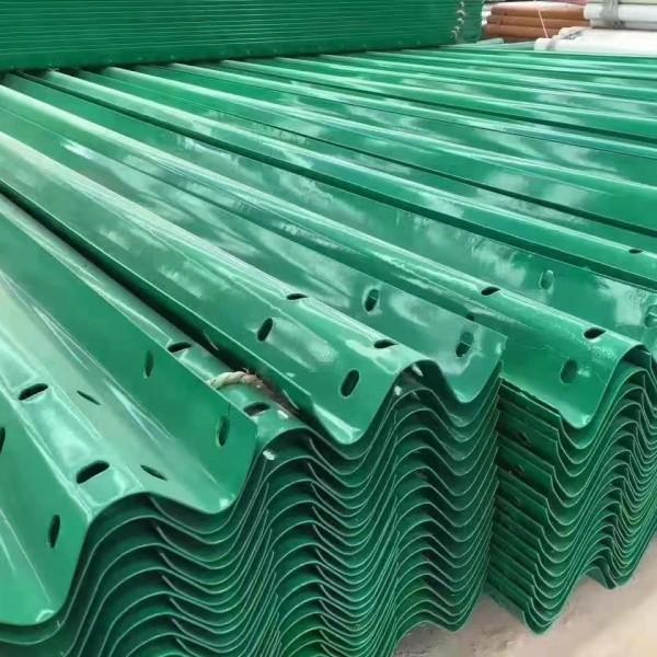 防撞波形護欄板,護欄板廠家,高速護欄板,護欄板配件,護欄板