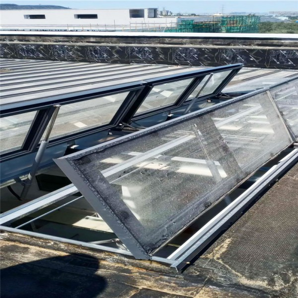 郑州上开式电动采光排烟天窗价格 采光排烟天窗加工定做